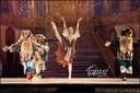 "<p style=""text-align: center; "">Cenicienta, por el Ballet Clasico de Moscu (2010)</p>"